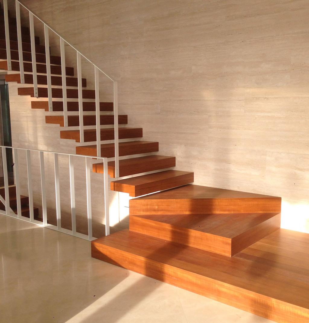Scale in legno fratelli bertonelli - Scale rivestite in legno per interni ...